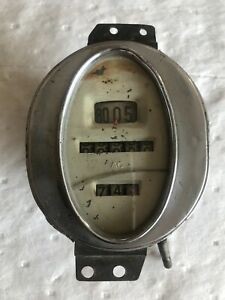Antique Asparkplug Co Ac Speedometer