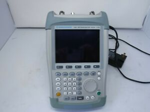 Rohde And Schwarz Fsh3 Spectrum Analyzer 100 Khz 3 Ghz Handheld