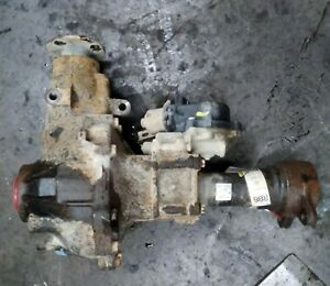 2000 2004 Toyota Tundra Front Axle Differential Carrier 4 10 Ratio