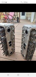 Small Block Chevy 210 E Series 350 Aluminum Heads Bolts Push Rods And Roller