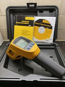 Fluke 566 Ir Handheld Thermometer Infrared And Case Lcd Display