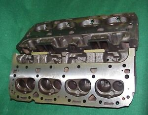Pair 62 63 Corvette Chevy 327 Double Hump 3782461 461x Cylinder Heads G 2 2