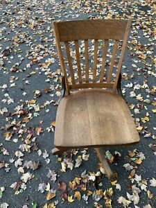 W H Gunlocke Antique Wood Swivel Office Chair 110 S Local Pick Up Only