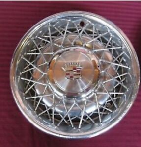 Cadillac Wire Wheel Covers Hubcaps Great Condition 15 Set Of 4