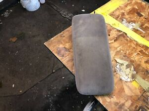 1991 2001 Ford Explorer Gray Cloth Center Console Lid Arm Rest Oem 92 93 94 95 9