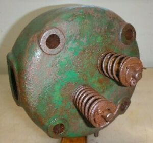 Head For Lauson Hit And Miss Old Gas Engine Nice Shape Not Broken Or Repaired