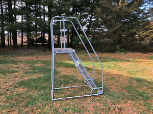 Cotterman 5 step Rolling Ladder 450 lb Cap Top Step 50 Overall Height 79