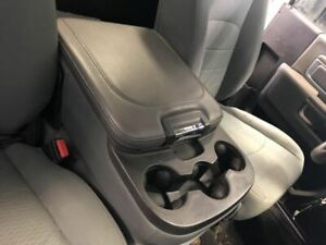 2013 2017 Dodge Ram 1500 Center Seat Assembly Armrest Cup Holders