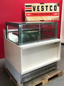 Clabo La Rossa 36 w Built in Glass Refrigerated Bakery Pastry Display Case
