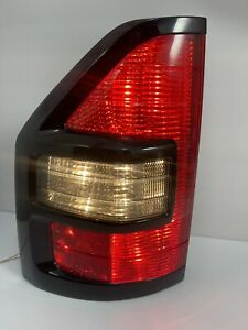 01 02 Mitsubishi Montero Xls Limited Rear Tail Light Left Driver Side Tested