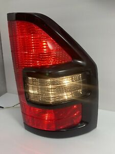 01 02 Mitsubishi Montero Xls Limited Rear Tail Light Right Passenger Side Tested