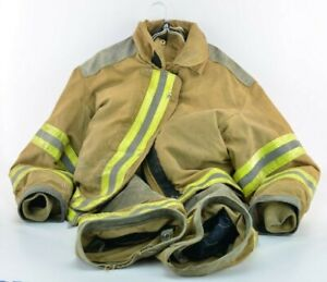 Janesville Firefighter Turn Out Jacket Pants From Perry Township Ohio