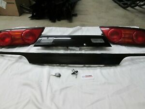 Genuine Nissan 180sx Type X Tail Light Complete Set With Center Panels Brand New