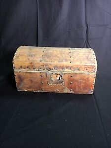Antique 1830s American Studded Leather Carriage Trunk 1836 Newspaper Lining