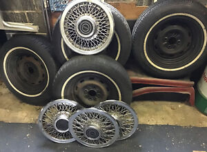 4 14 Inch Tires Rims And Hubcaps Ford Mustang 1991 Treads Good Pick Up