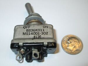 C h eaton Mil spec Toggle Switch Spst Off on 25 Amp Sealed Nos