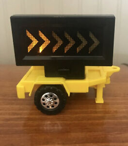 Tonka Yellow Warning Sign Construction Site Trailer With Blinking Arrow Lights