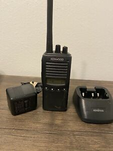 Kenwood Tk 272g Vhf Radio Transceiver With Antenna Charger 15 174 Mhz 5w