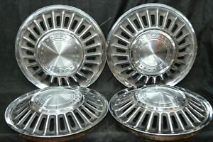 1967 1968 Ford Thunderbird 15 Hubcaps Wheel Covers Set Of 4 Oem Used