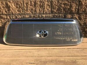 2010 2013 Toyota Tundra Oem Chrome Front Grille complete With Billet Insert