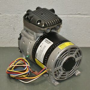 Gast Rocking Piston Vacuum Pump 86r123 101 n170x 115 230v Ac 1 8 Hp 27 In Hg