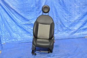 2013 Fiat 500 Sport 2dr 1 4l Manual 1 Front Right Complete Seat Oem