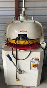 Dough Divider Rounder 30 Pc Bakemax Model No Bmbd030 Gently Used