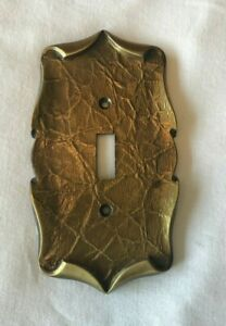 Vintage Amerock Brass Carriage House Single Light Switch Plate Cover