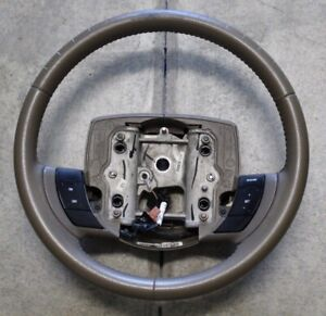 05 11 Ford Crown Victoria Cvpi Lincoln Town Car Leather Steering Wheel W Cruise