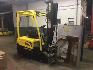 2016 Hyster 4000 Lb Forklift With Side Shift And Carton Clamp