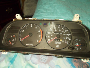 1994 Toyota Corolla 5spd Or At Instrument Cluster