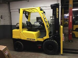 2016 Hyster 6000 Lb Solid Pneumatic Forklift With Side Shift And Triple Mast