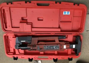 Hilti Dx 860 Hsn Stand Up Metal Roofing Gun Nailer Powder Actuated W case