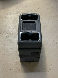 Oem Dodge Caravan Chrysler Town Country Center Console Assembly W Cup Holders