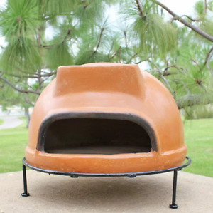 Outdoor Cooking Rustic Liso Pizza Oven Wood Burning Delicious Pizza Making