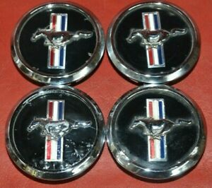 2005 2014 Ford Mustang Pony Oem Center Caps 5w1j 1a096 Ba Set Of 4 Hubcaps