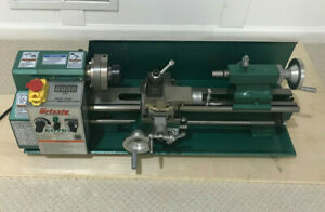 Grizzly G0765 7 X 14 Variable speed Benchtop Mini Metal Lathe And Accessories