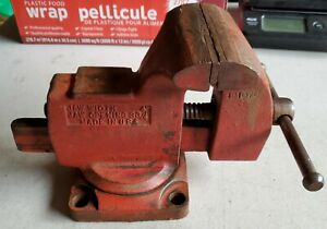 Vintage Unbranded Bench Vise 4 Jaws Swivel Base Anvil Pipe Clamp Made In Usa