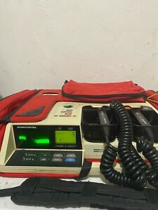 Physio control Lifepak 10with Carrying Case 3 Lead Cable