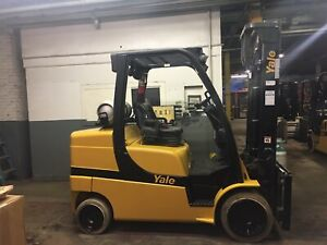2015 Yale 10000 Lb Forklift With Side Shift And 2 Stage Mast