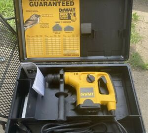 Dewalt Corded 1 1 8 Sds Heavy Duty Rotary Hammer Kit Dw568 With Case