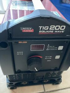 Lincoln Electric Square Wave Tig 200 Welding Just The Machine Itself