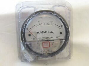 Dwyer Magnehelic Differential Pressure Gage Model 2015 Max Pressure 15 Psig new