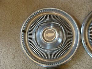 Set Of 4 Vintage Chevrolet Chevy Blazer Hubcaps 15 3 Good One With A Cut