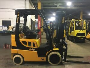 2014 Yale 5000 Pound Forklift With Side Shift Triple Mast