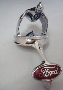 1932 Ford Car Grille Shell Ornament Quail Radiator Cap Red Ford Emblem 32