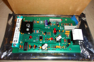 Moore 381tj2 Thermocouple Converter Module 15766 61fm Circuit Board Card New