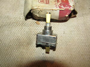 59 Ford Truck Carburator Primer Switch Nos
