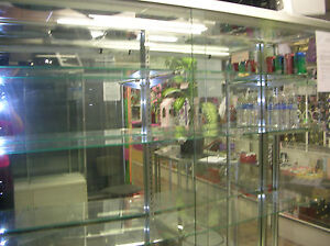 3 5 Ft X 6ft Display Showcase With Glass Shelves And Aluminium Frames
