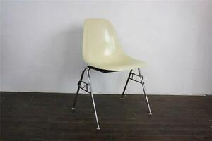 Eames Dss Chair Herman Miller Stacking Base 50s 60s Parchment Off White
